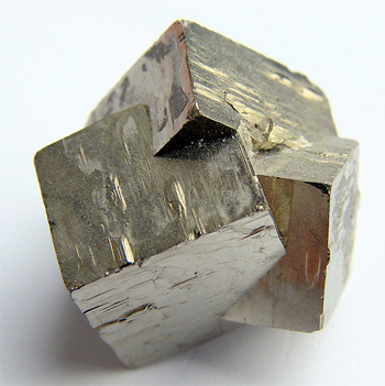 File:Pyrite xls.jpg